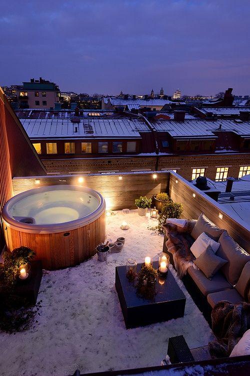 hot tub-min