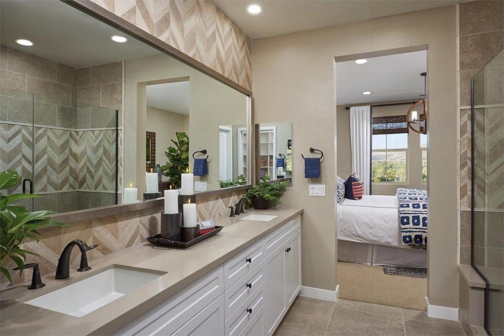 santee_mission_trails_master_bathroom