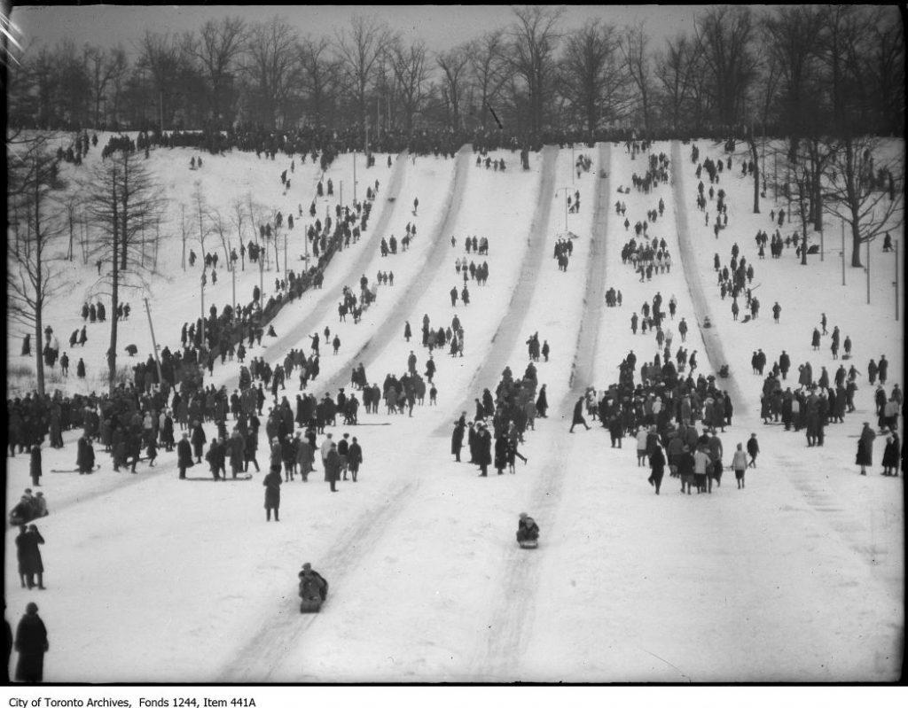 High Park toboggan runs. - 1914