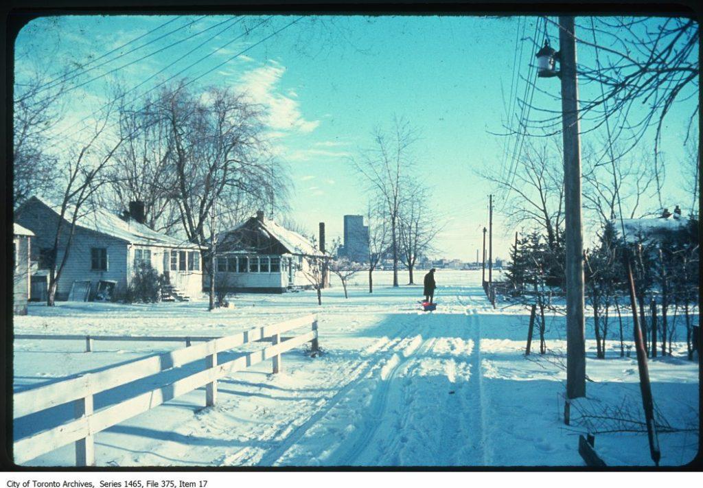 Toronto Island/Island Airport. - 1968-1983