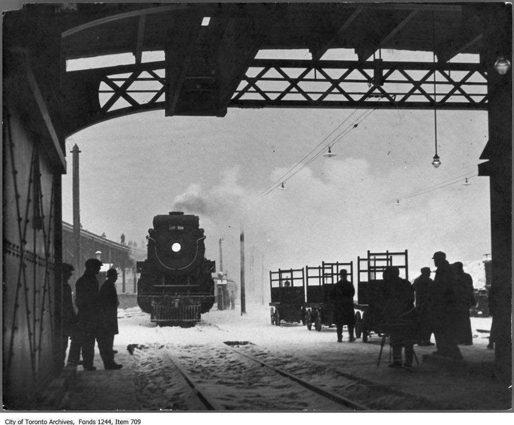Train entering Union Station. - [1930?]