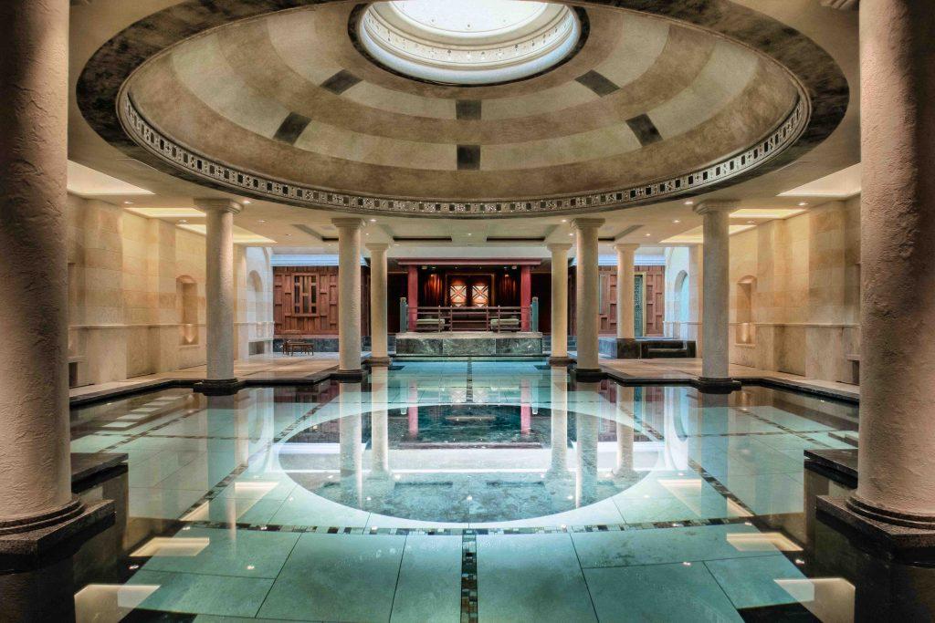 indoor pool-min