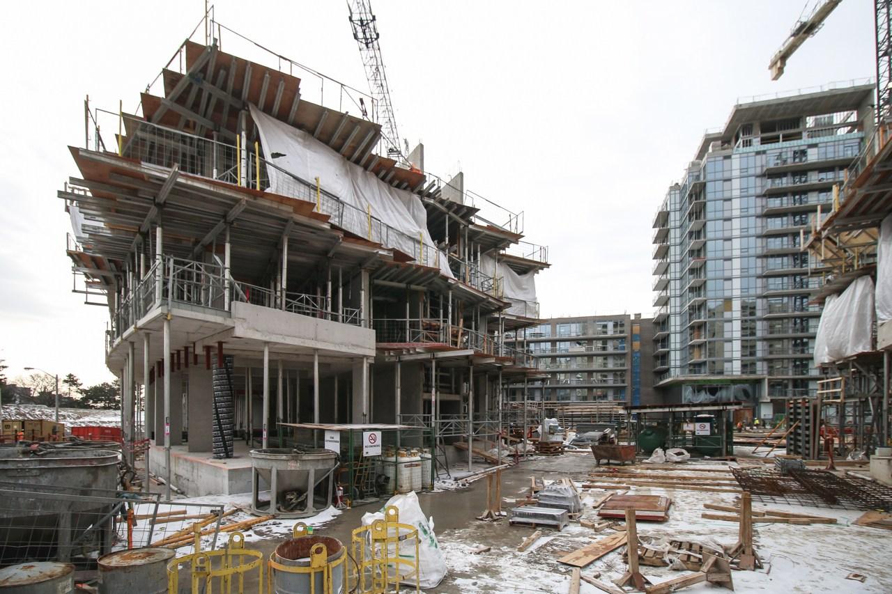 EmeraldCity_Construction4