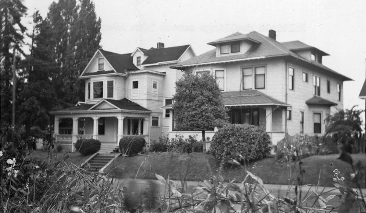 Houses on 30th Avenue S-compressed