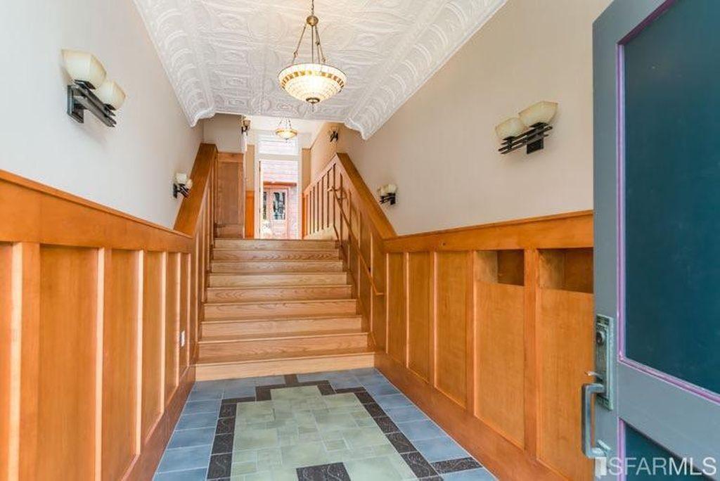 hallway albion-min
