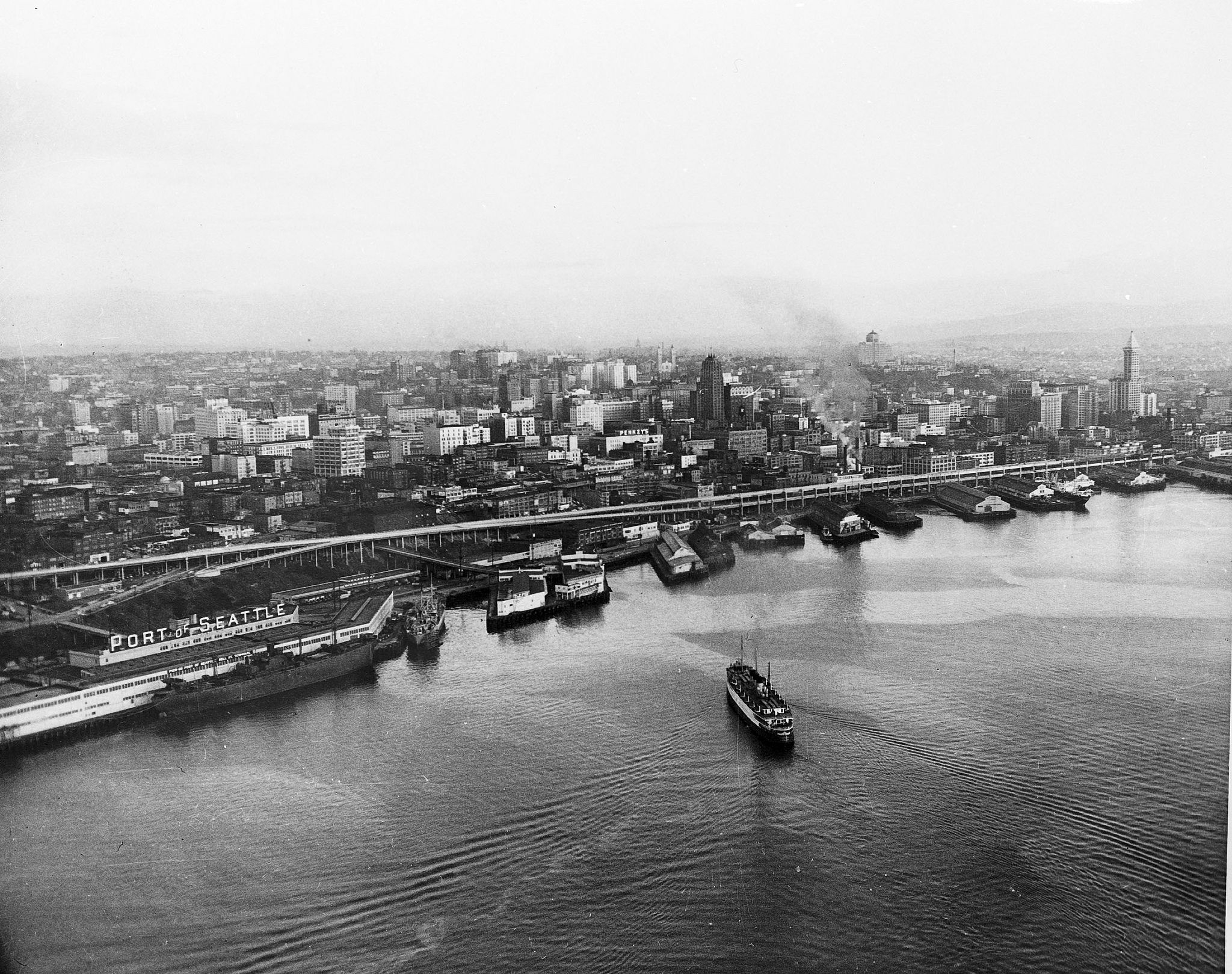 seattle-waterfront-1952-compressed