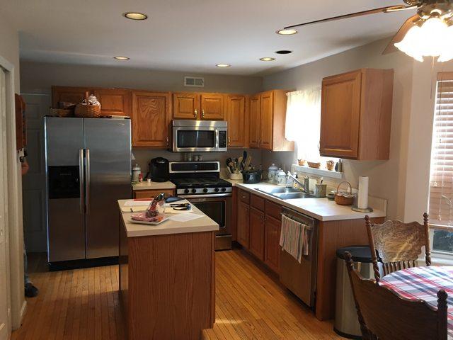 2k kitchen before-min
