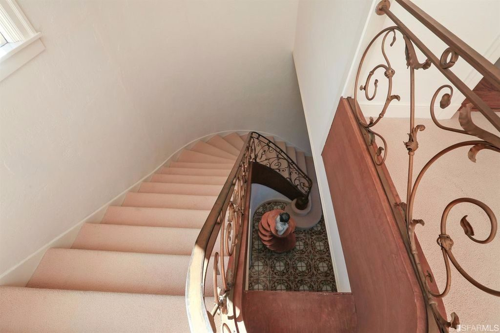 staircase-compressed (1)