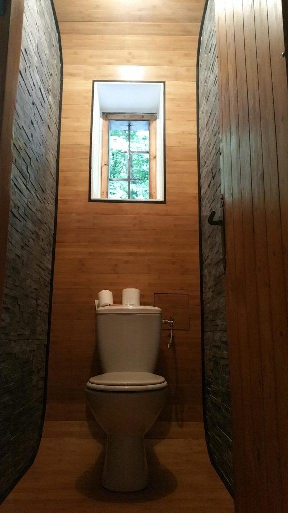 tiny bathroom after-min