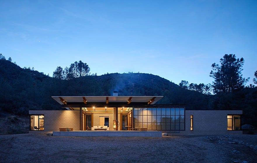 Sawmill-Retreat-by-Olson-Kundig-Architects-1-min