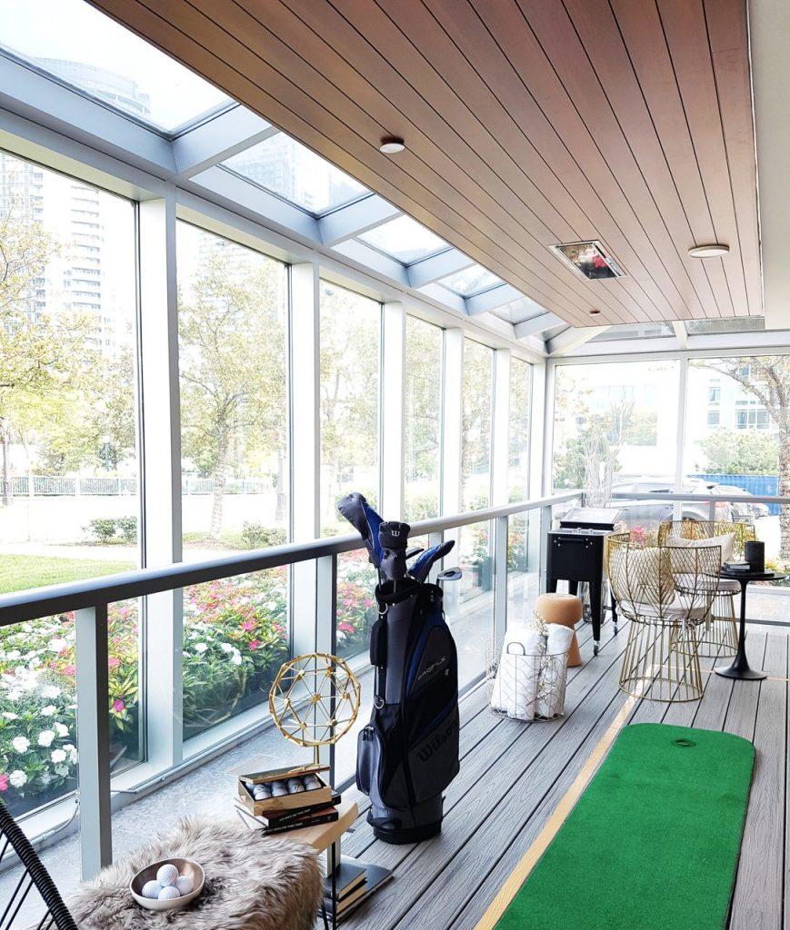 CanadaHouse_Balcony ceiling