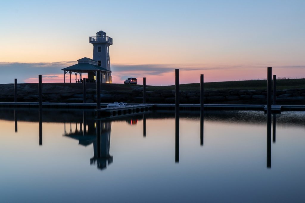 FoxHarb'r_Sunset_Lighthouse