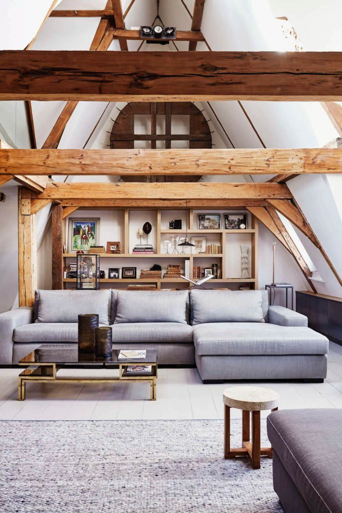 This Serene Sitting Area In An Amsterdam Apartment That Dates Back To 1615.