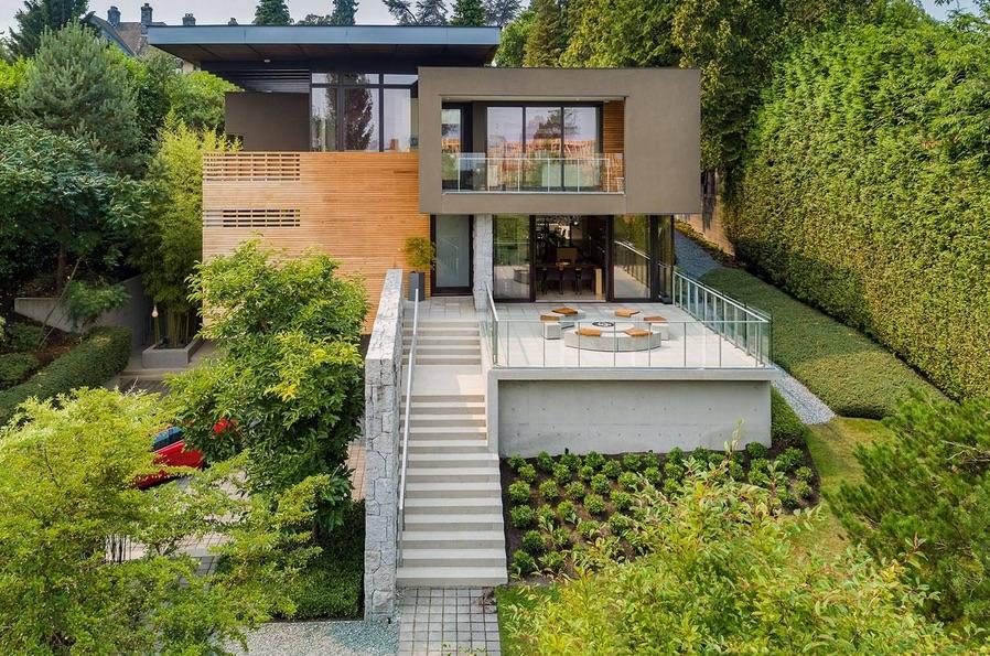 Photo: Christieu0027s International Real Estate
