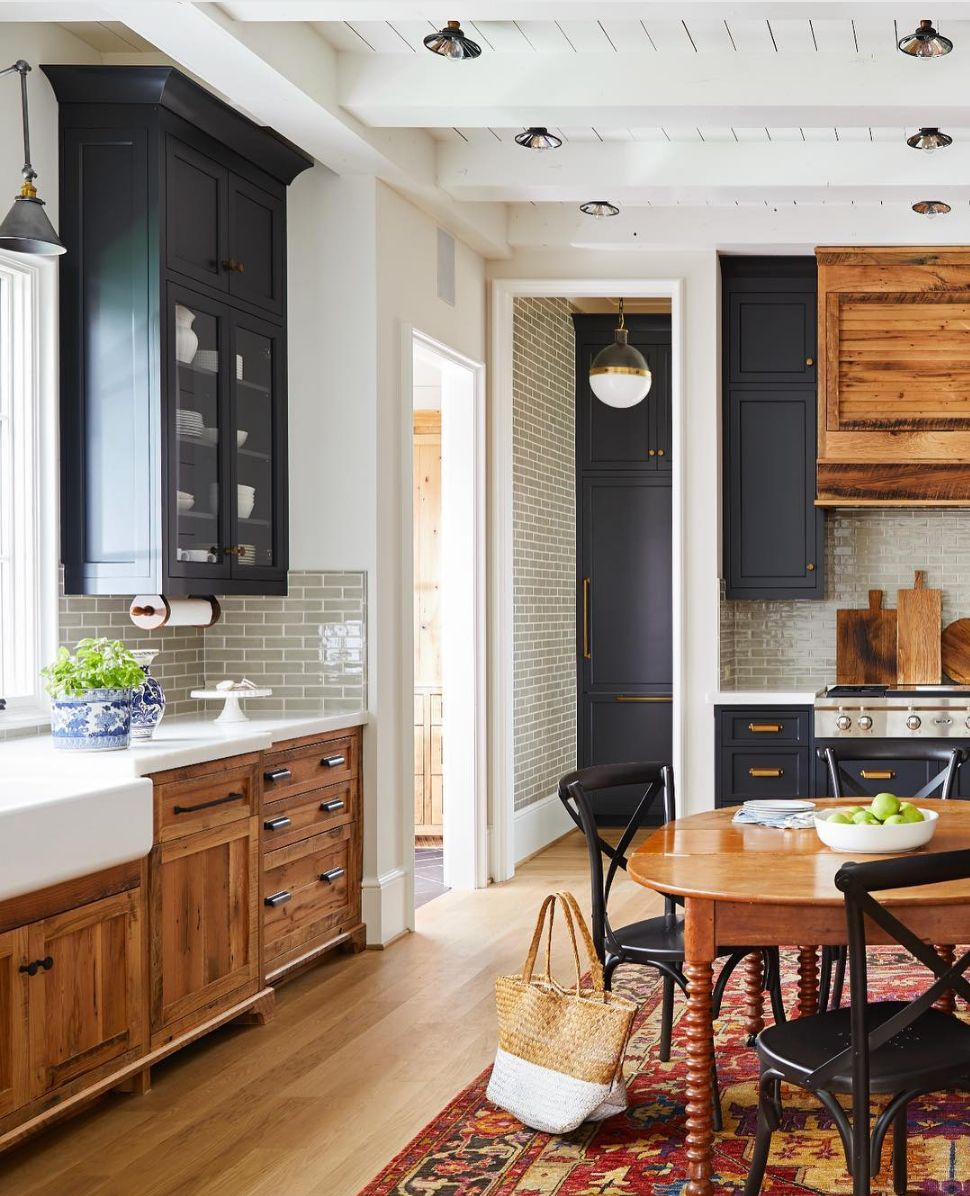 15 Two Tone Kitchen Cabinet Combos You Ll Want To Try