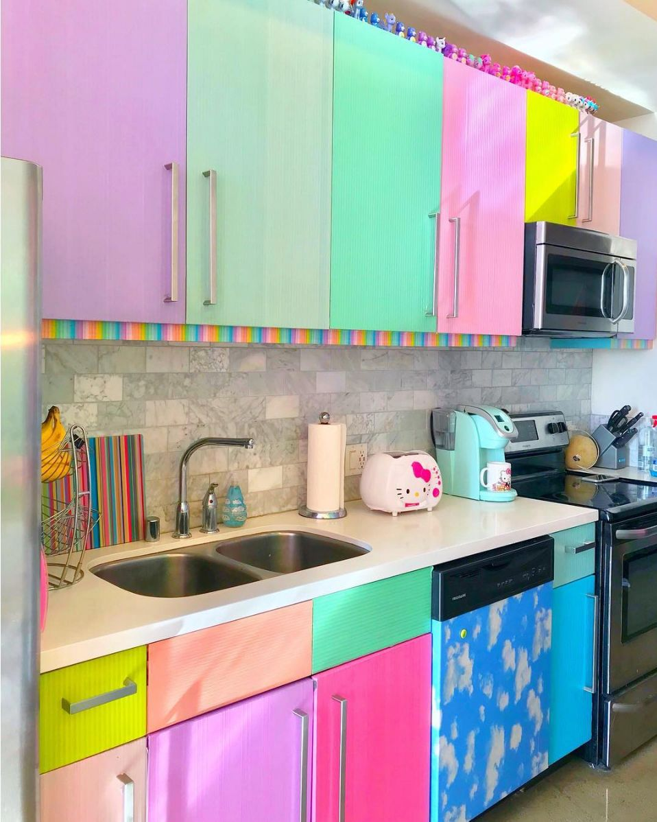 13 Ways To Makeover Dated Kitchen Cabinets Without Replacing Them