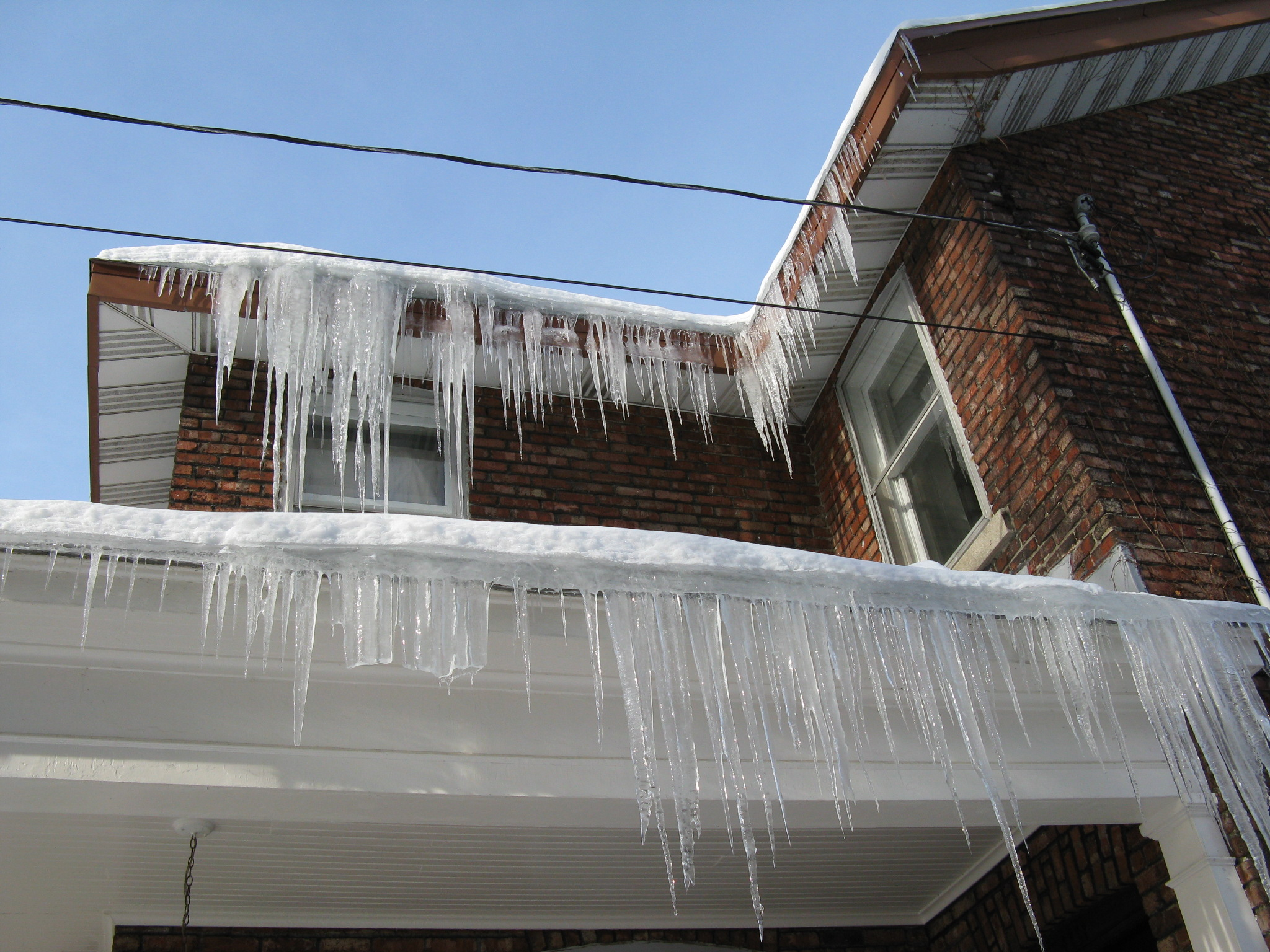 HomeInsulation_Icicles