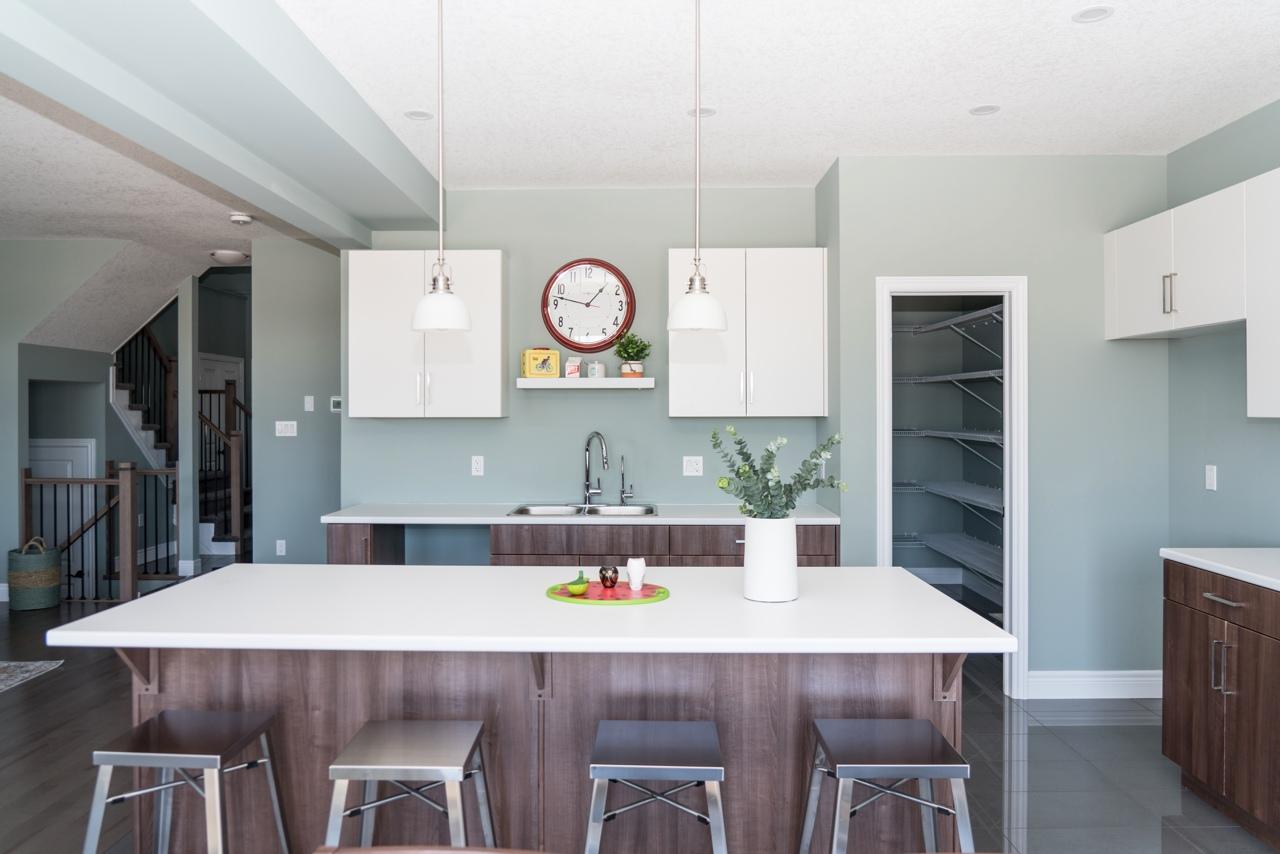 HopewellCrossing_Thomson_Kitchen1