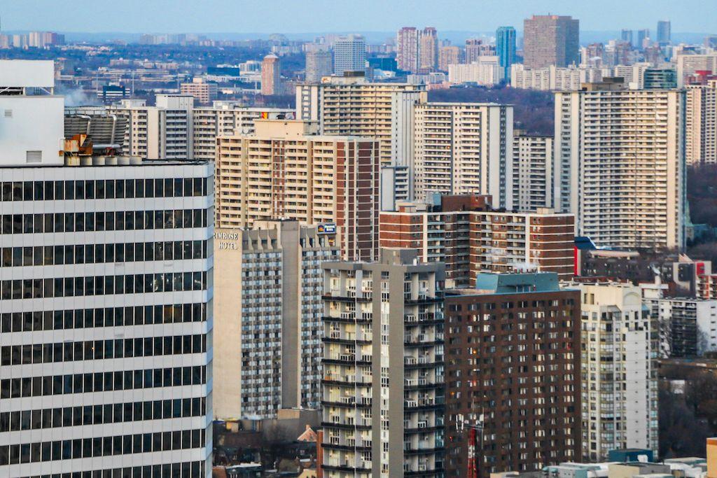 canadian-housing-market-rentals-compressed