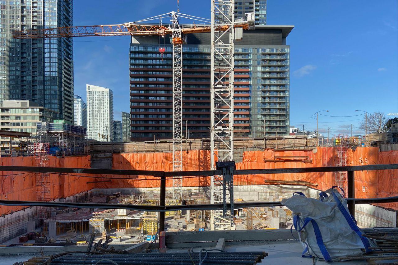 CanadaHouse_Construction3