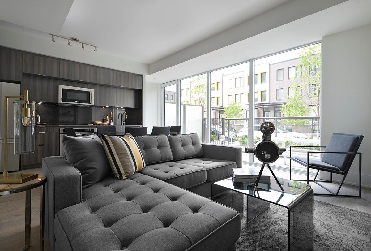 SQ2 - Suite 113 - Living Room