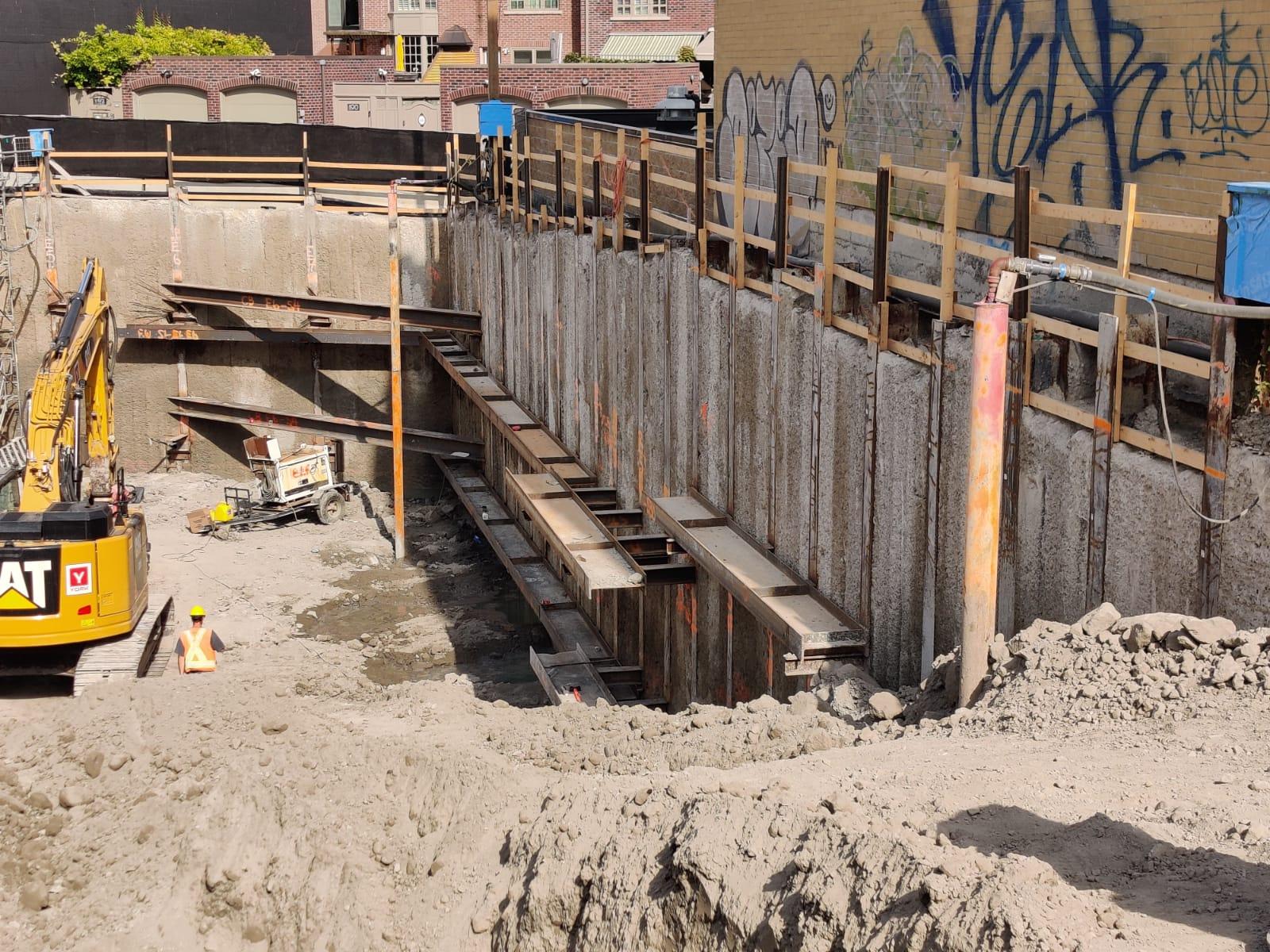 346Davenport_Construction4