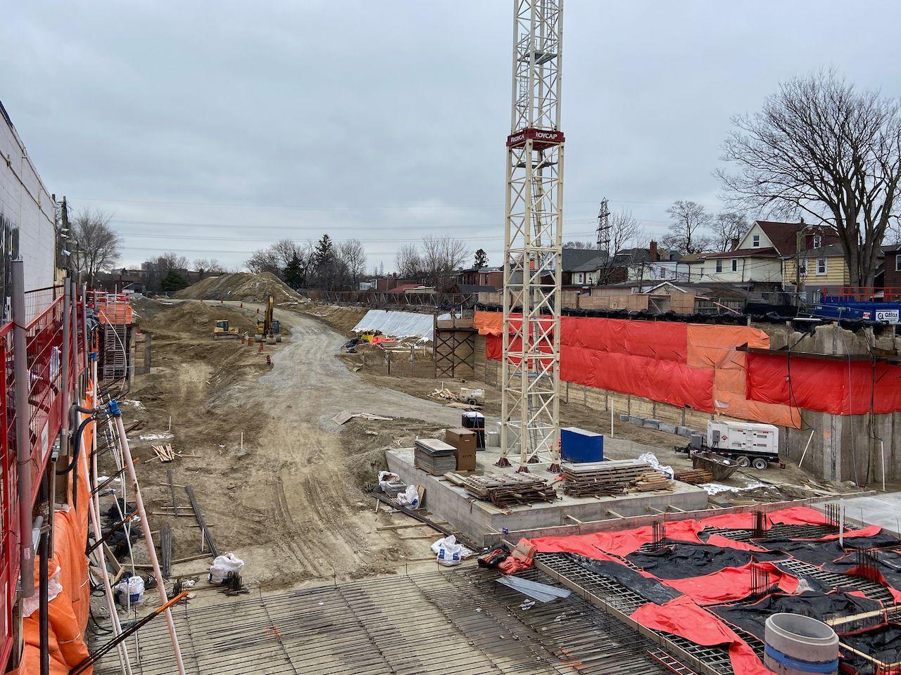 ReunionCrossing_Construction1