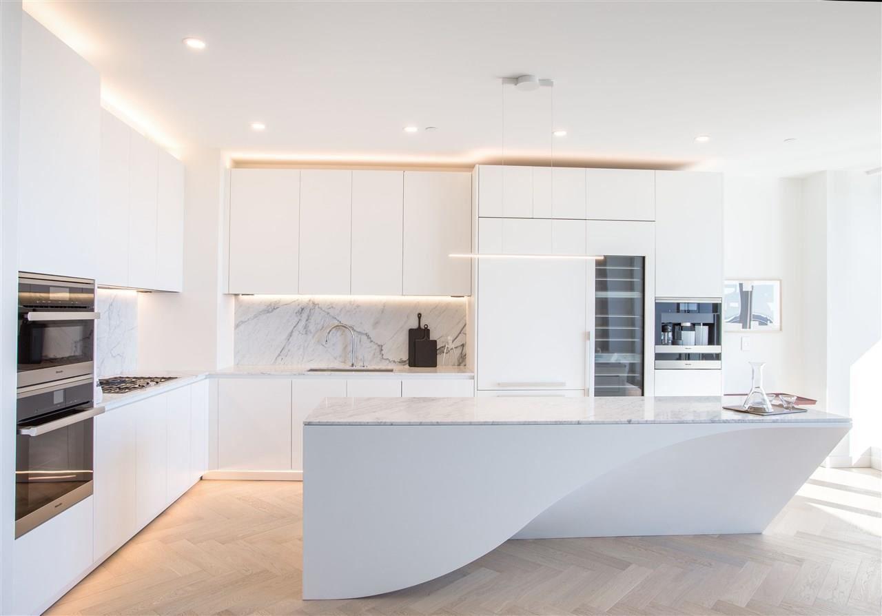 VancouverHouse Penthouse 9_Kitchen