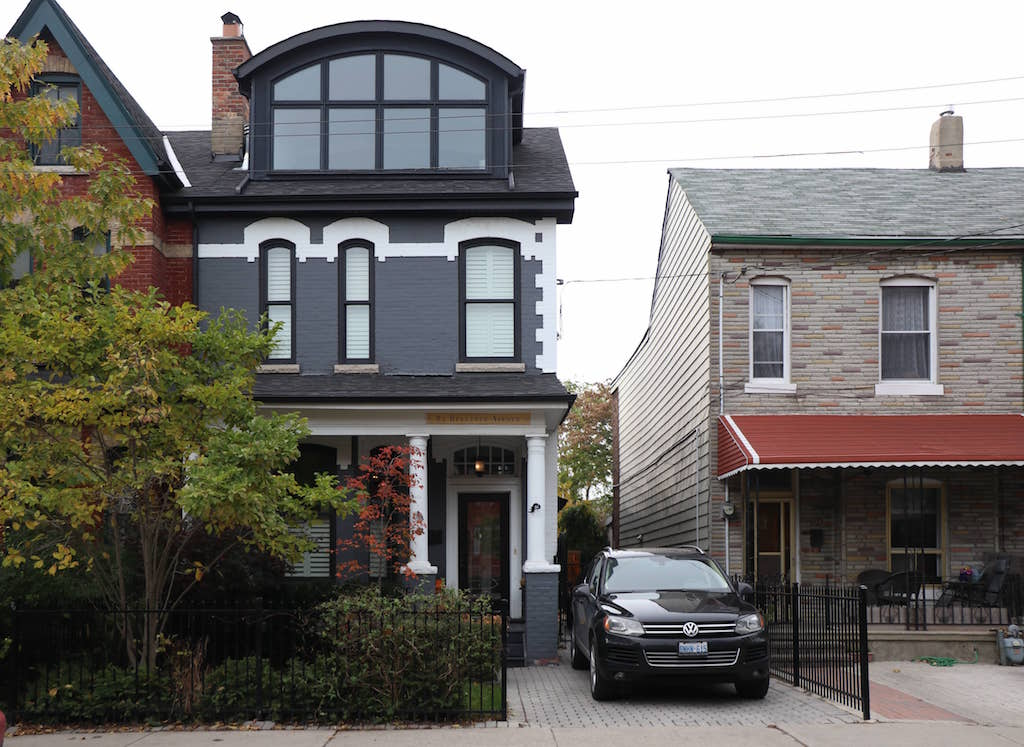 buyers-fear-of-missing-out-canadian-homes