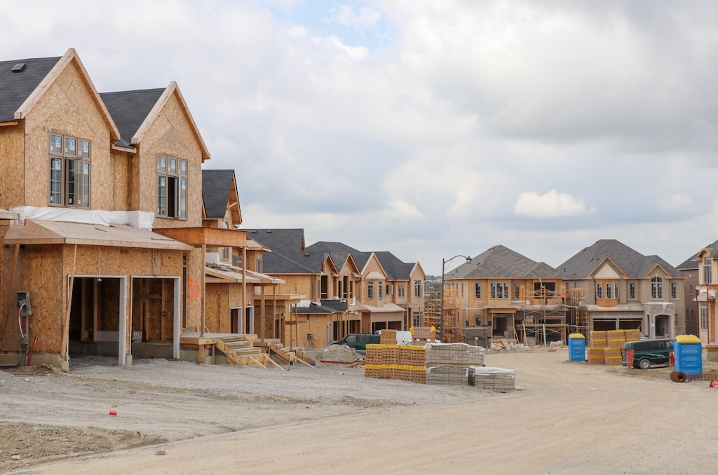 canadian-home-construction-record-breaking