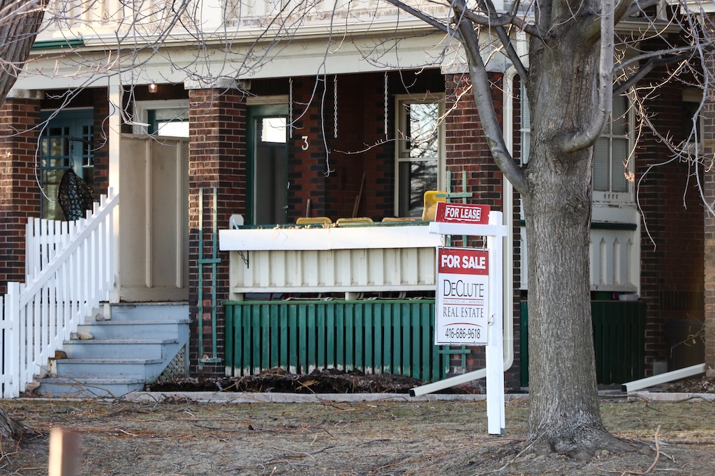 Canadian-home-prices-forecast-cmhc