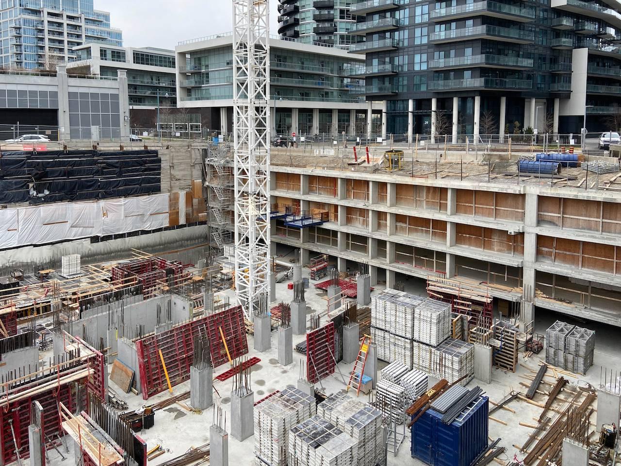 WatersEdge_Construction_CoveGarage