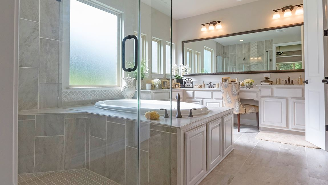 Water Crest on Lake Conroe-Emerald_Ensuite
