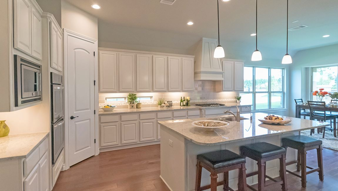 Water Crest on Lake Conroe-Emerald_Kitchen