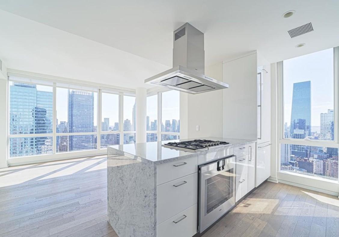 ManhattanView_54C_Kitchen
